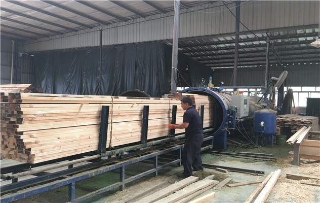 防腐木生产工厂