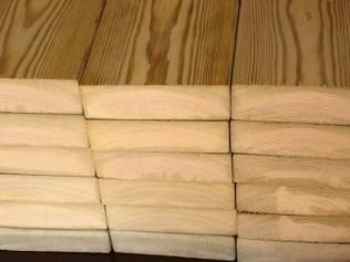 防腐木材加工厂